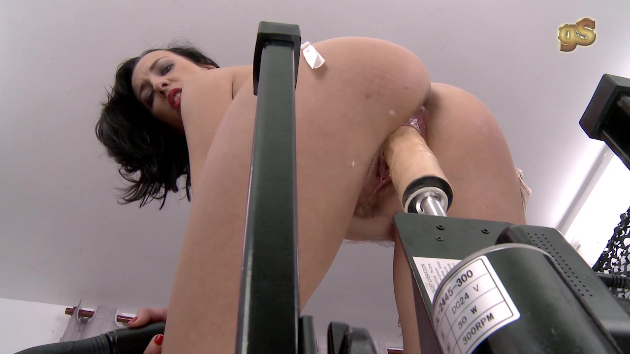 Ayesa First Dates Porno free sex machine videos. watch horny girls enjoying machine