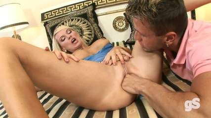 blonde-anal-hardcore Photo 01
