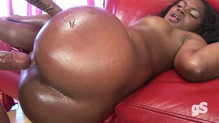 hot-ebony-milf Photo 06