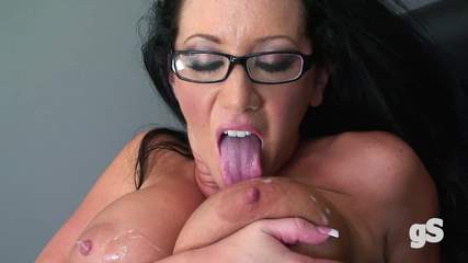porn-secretary-jayden-jaymes Photo 10